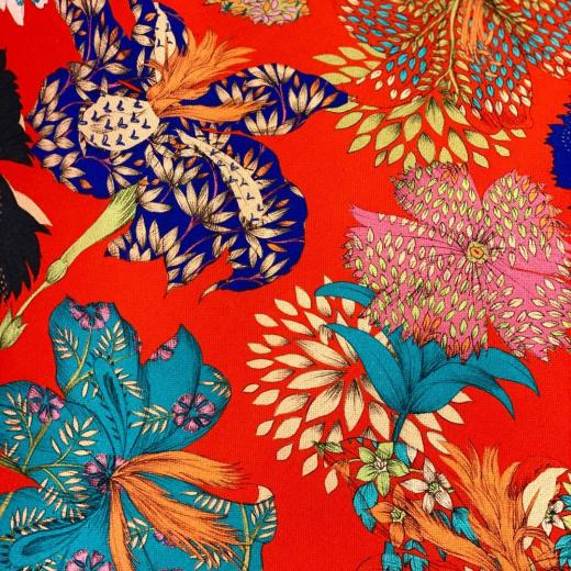 A New collection full of colors with « Kimono Flowers » #colors #interiordesign #newcollection #thevenon